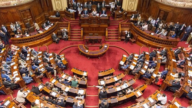 """Gobierno recibe varios pedidos de """"diálogo nacional"""" sobre economía y la estrategia sanitaria"""