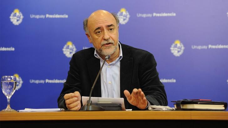 Pablo Mieres (MTSS): Trabajadores mayores de 65 años del sector privado podrán teletrabajar o acogerse nuevamente al subsidio por enfermedad hasta fines de enero en acuerdo con los empleadores, como ocurrió hasta el 31 de agosto