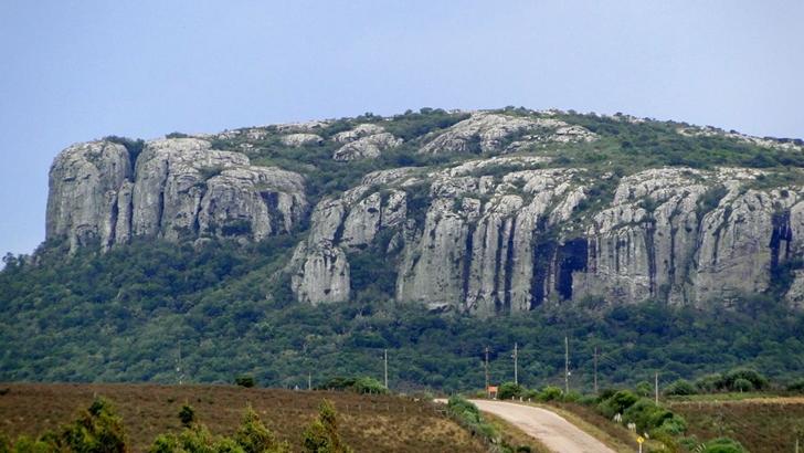 Tripulacción. República Dominicana y Minas, Lavalleja
