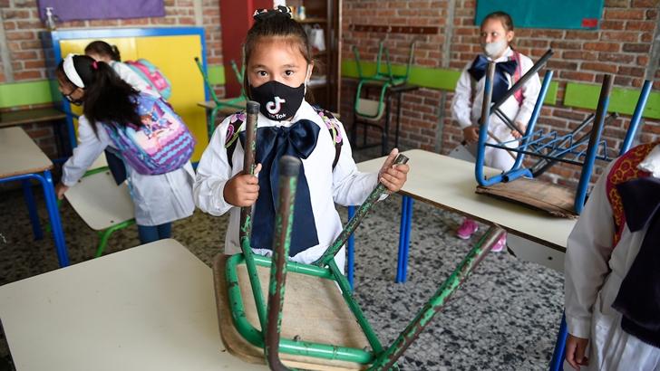 Pablo Cayota: «No podemos acostumbrarnos a que una y otra vez la escuela se declare no obligatoria»; «tenemos que acostumbrarnos a convivir con el virus»