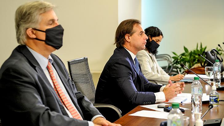 Jorge Neme (Cancillería República Argentina) llamó a Uruguay a que presente por escrito propuesta para flexibilizar Mercosur: que explique cómo instrumentar una negociación por fuera del bloque y qué impactos tendría