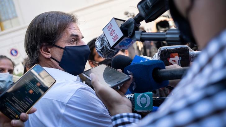 """Covid-19: ¿Puede evitarse el """"tamiz político-partidario"""" en la discusión de los asuntos de la pandemia?"""