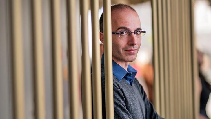 La Mesa de Filósofos: A favor y en contra de Yuval Noah Harari