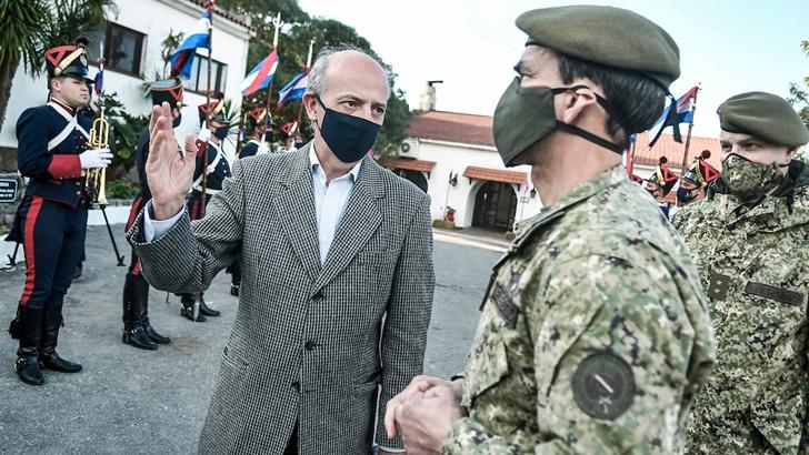 """Día del Ejército: Ministro García dijo que el mensaje del comandante en jefe «es un mojón"""""""