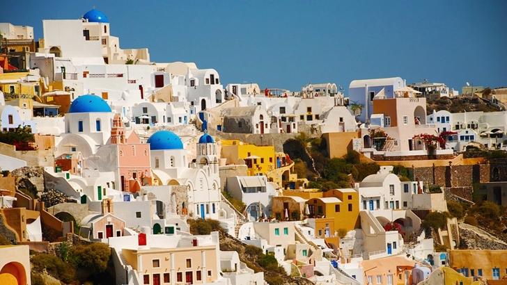 Tripulacción. Ciudades emblemáticas: Santorini