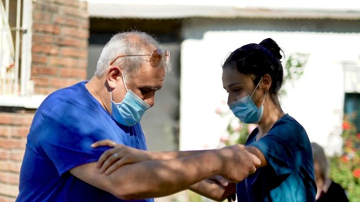 Rehabilitango: Mezclar tango y fisioterapia, una propuesta que apunta a adultos mayores y que cobra relevancia en tiempos de pandemia