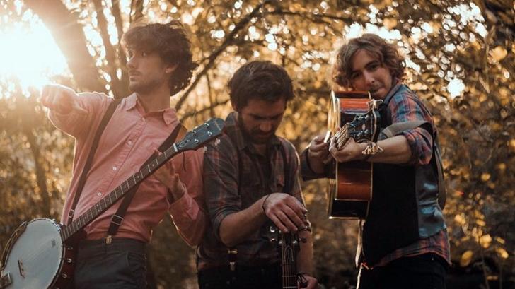 Tom, Chris & Tom: Folk made in Uruguay