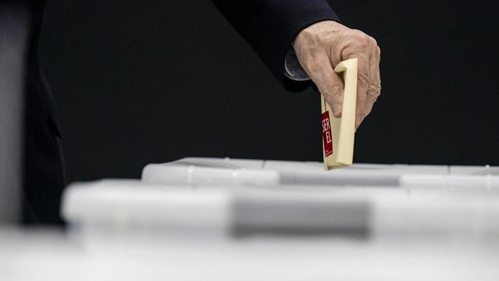 En Chile, partidos tradicionales y grandes coaliciones fueron derrotados por los candidatos independientes en la elección de la Convención Constituyente: Análisis del politólogo Fernando Rosenblatt