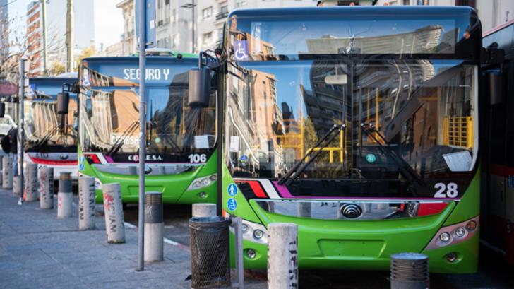 Incremento de movilidad sostenible, refuerzo de líneas de ómnibus hacia la periferia y sistema de corredores metropolitanos: Planes de la administración de Carolina Cosse para el sistema de transporte
