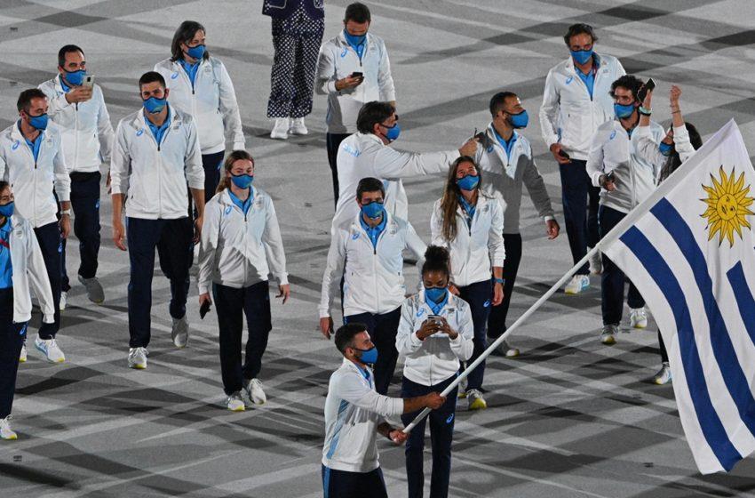 Osvaldo Borchi, entrenador deportivo de primera categoría, va por su novena participación en Juegos Olímpicos: Conversamos con el argentino que dirige al equipo de Remo uruguayo en estos JJOO