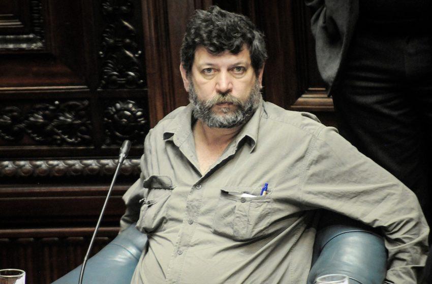 Andrés Berterreche (FA): Fideicomiso para asentamientos con fondos del Instituto Nacional de Colonización es parte de «escalada de acciones» para sacarle recursos al organismo, que ya perdió 20 millones de dólares en ley de Presupuesto