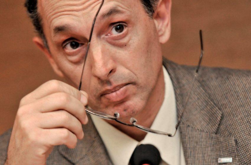 """Según Casaravilla, denuncias por regasificadora """"están destruyendo a la gestión pública"""" en temas de energía para el futuro"""