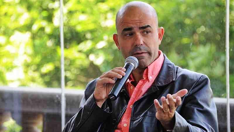 La Conversación: Con Eduardo Sacheri, escritor, guionista, historiador y docente argentino