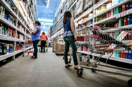 20181223/ Javier Calvelo – adhocFOTOS/ URUGUAY/ MONTEVIDEO/ Supermercado de Montevdeo previo a la Navidad. En la foto: Supermercado en Montevideo. Foto: Javier Calvelo /  adhocFOTOS