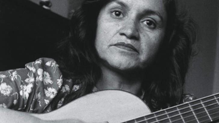 Violeta Parra, la inspiración de su hermano Nicanor y la poesía oral de Chile